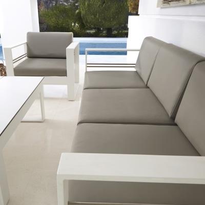 Coffee set lamas bianco prezzi e offerte online leroy merlin for Set giardino offerte