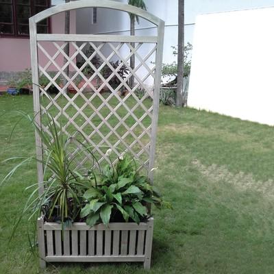 fioriera con grigliato lara in pino h 29 5 cm l 81 x p 29