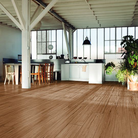 Pavimenti per interni in offerta e ampia gamma di pavimentazione
